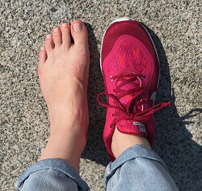 iphone7+ кроссовки найк nike малиновые на широкую ногу