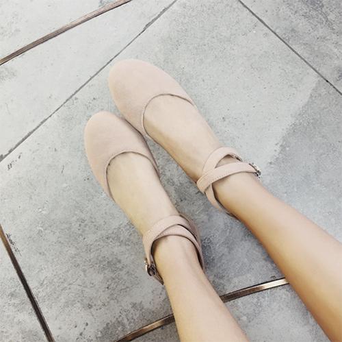 обувь в цвет ноги